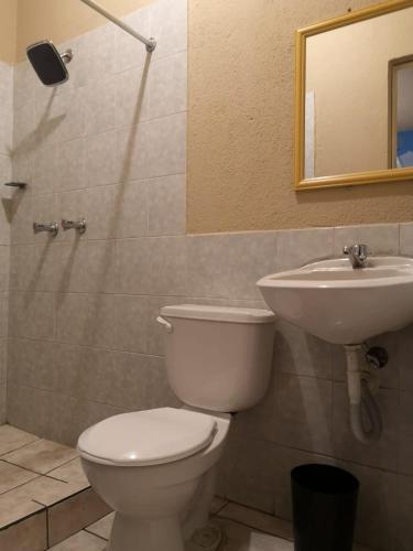 HOTEL TITANIC 房间的照片