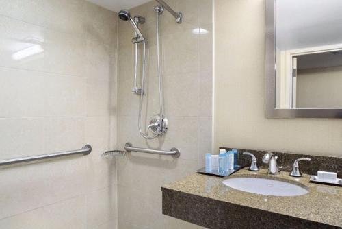 DoubleTree By Hilton Baltimore North/Pikesville - Pikesville, MD 21208