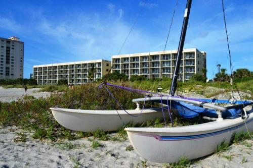Ocean Landings Resort - Cocoa Beach, FL 32931