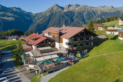 T3 Alpenhotel Garfrescha - Hotel - St Gallenkirch