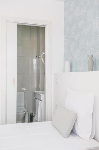 4U Lisbon Suites & Guesthouse Vii - Photo 8 of 53