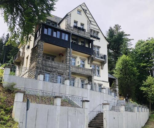 . Haus Zedtwitz