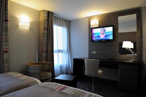 Holiday Inn Paris Montmartre photo 24