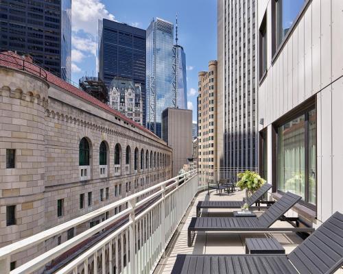 Photo - AKA Wall Street