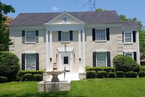 BEST DEAL IN TOWN! Entire 1 Bedroom Apartment 59 - Montgomery