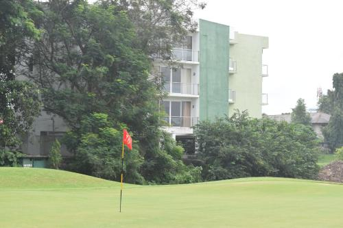 . 'The Green' Apartments