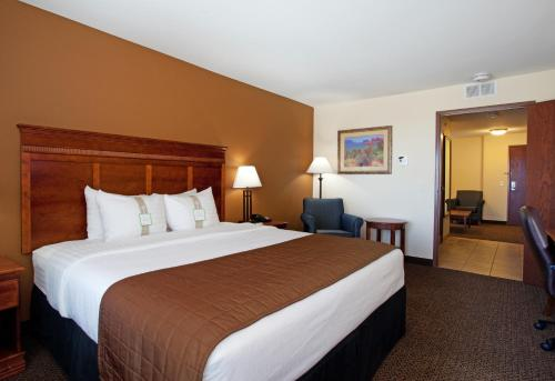 Holiday Inn And Suites Trinidad - Trinidad, CO 80182