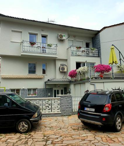 Gago Apartments