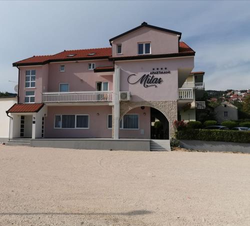 Apartments Milas 1,2,3 & 4