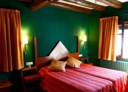 Accommodation in Areu