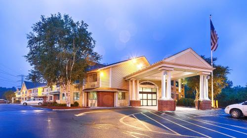 Best Western Plus The Inn at Sharon-Foxboro