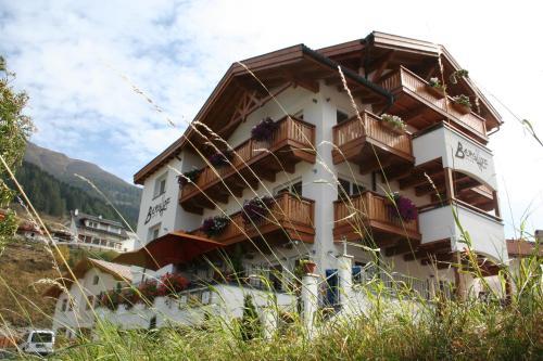 Hotel Berghof Nauders