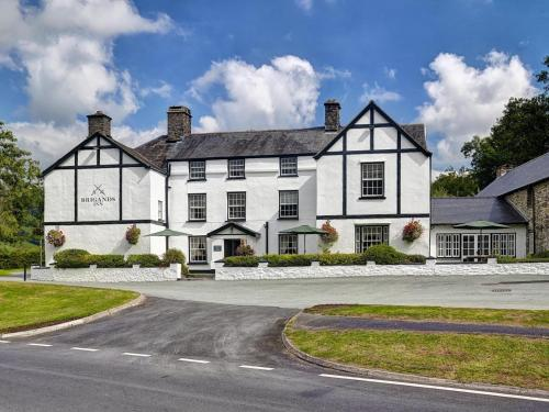 . Brigands Inn