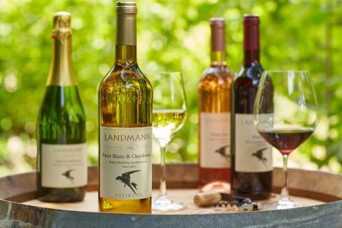 . Weingut Landmann Ferienwohnungen