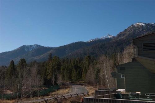 Timber Ridge By JHRL