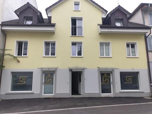 Grosses Apartement 2 Schlafzimmer am Bodensee, Ferienwohnung in Arbon bei St. Gallen