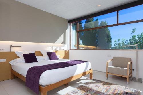 Habitación Triple URH - Hotel Molí del Mig 1