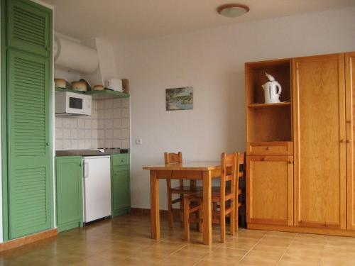 Apartamento com 1 Quarto (2 Adultos + 1 Criança) ( One-Bedroom Apartment (2 Adults + 1 Child) )