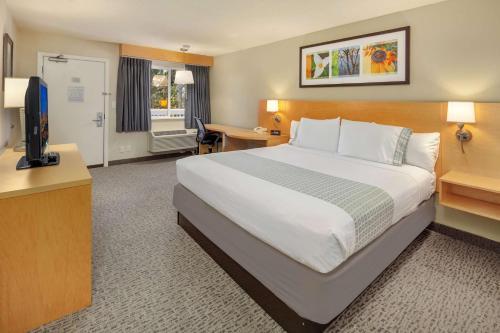Hotel Nexus; BW Signature Collection - Seattle, WA WA 98133