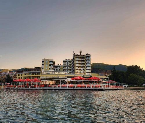 Фото отеля Hotel Enkelana