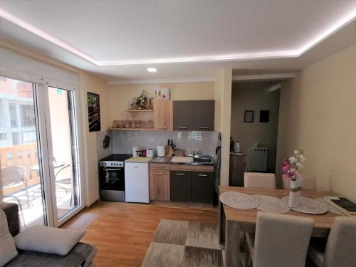 Lux Apartmani Milovanovic - Hotel - Zlatibor