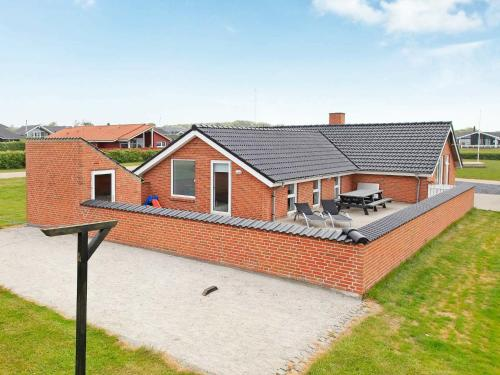. Four-Bedroom Holiday home in Vinderup 3