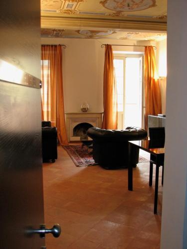 . Parizzi Suites & Studio
