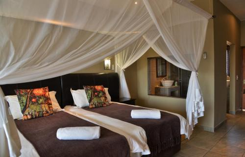 Deluxe Double Room with 2 Game Drives