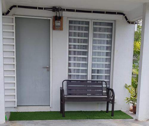 IH Tepi Padang Guesthouse, Seremban