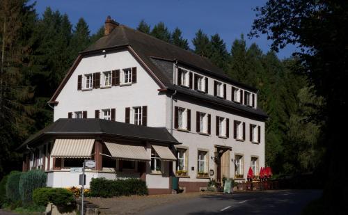 . Hostellerie de la Vallée