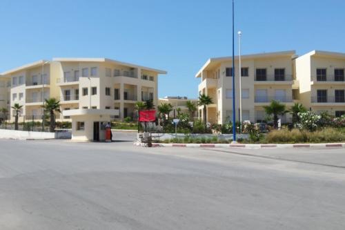 Nouveau appartement luxe avec piscine, vue sur la plage - New, luxury, on beach 部屋の写真