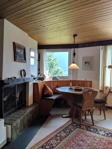 Casa Sum Naul - Apartment - Brigels