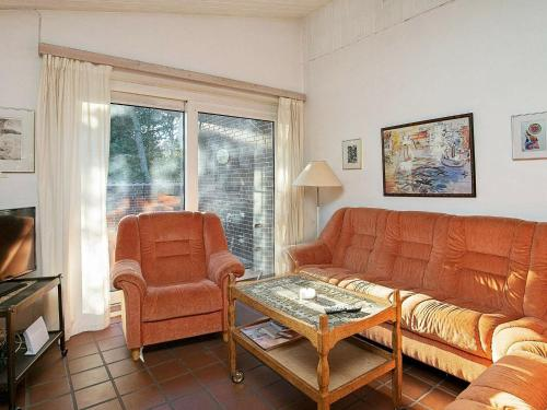 Ferienhaus mit 3 Schlafzimmern  (Three-Bedroom Holiday Home )