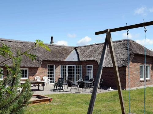 . Six-Bedroom Holiday home in Ringkøbing