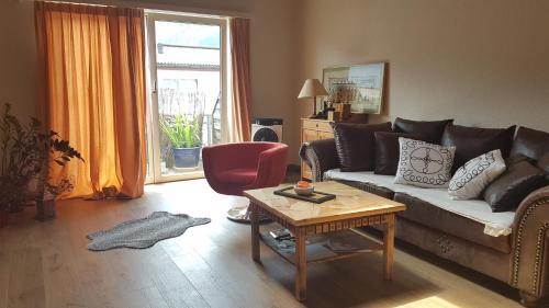 Grosse, helle Einzimmerwohnung - Apartment - Bad Ragaz
