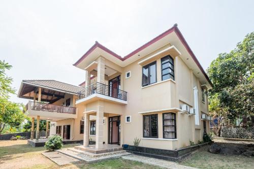 . OYO 1255 Residence Casa Delray Syariah