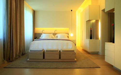 Suite Room (1 or 2 people) ABaC Restaurant Hotel Barcelona GL Monumento 28