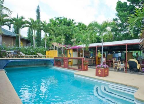 Banyan Tree Sanctuary Guest House - Kailua Kona, HI 96740