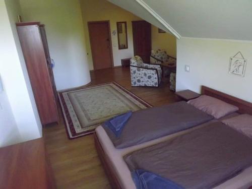 HOTEL BRA, Korets'kyi