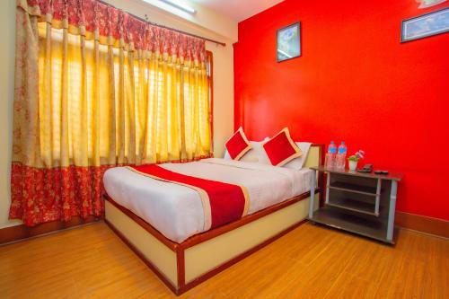 Hotel OYO 472 Hotel Tapowan & Restaurant
