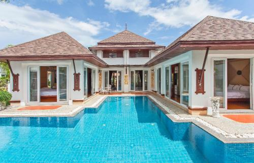 Luxury Thai villa with very beautiful private pool Luxury Thai villa with very beautiful private pool