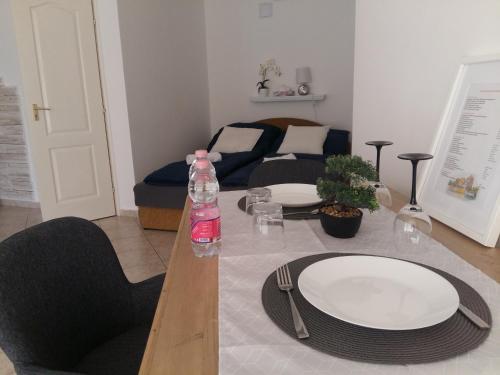 Hotel-overnachting met je hond in Csever Apartman - Tata