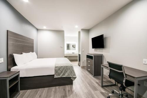 Americas Best Value Inn & Suites Northeast Houston I-610 - image 5