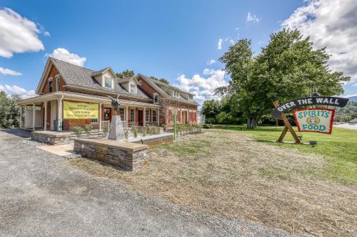 Stowe Mountain Road Getaway - Apartment - Stowe