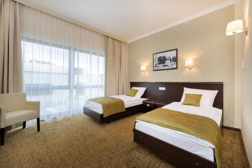. Hotel Trzebnica