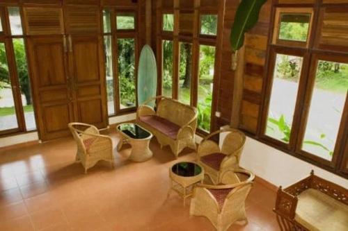 Oinan Lodge, Kepulauan Mentawai