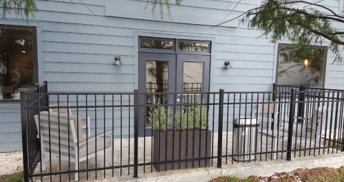 Country Inn & Suites by Radisson Savannah Midtown GA - Savannah, GA GA 31406