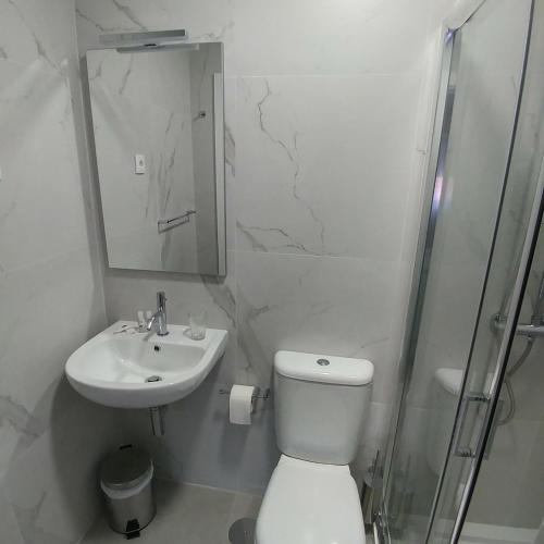 Baixinho Guest House - Photo 2 of 34