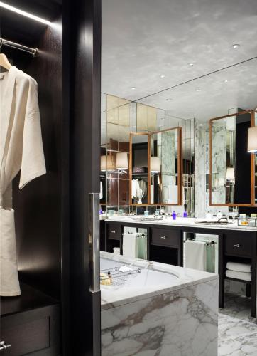 Rosewood London photo 8