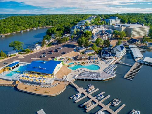 . Margaritaville Lake Resort Lake of the Ozarks